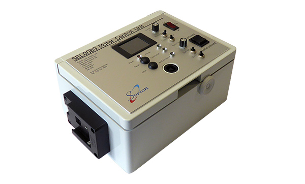 Test equipment fitted with battery pack regulator